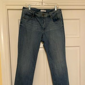 Loft curvy straight jeans, soft and comfortable!